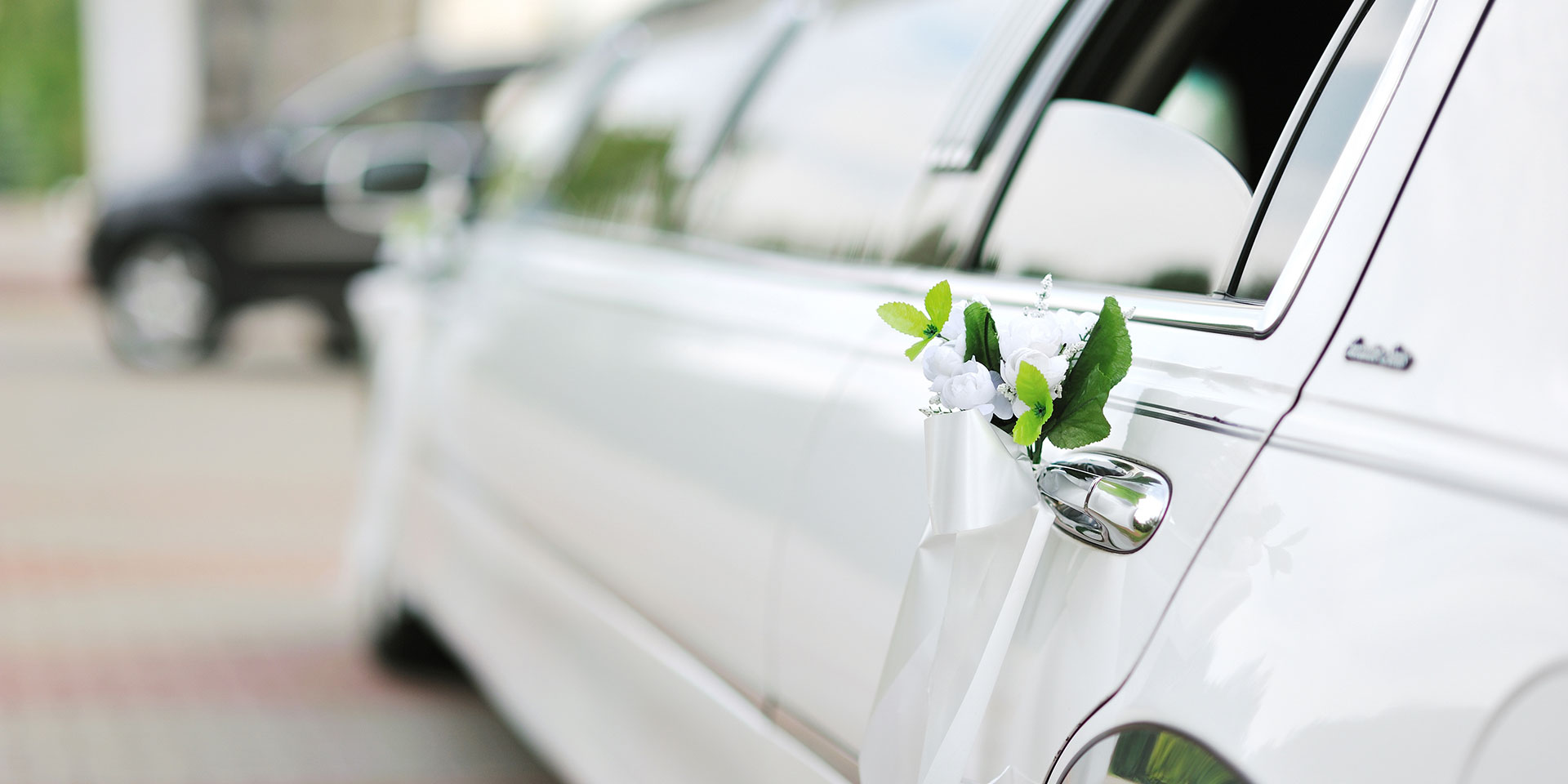 Affordable Luxury Wedding Limousine Services